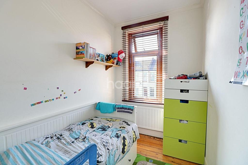 3 Bedrooms Terraced House for sale in Hampton Road, Leytonstone