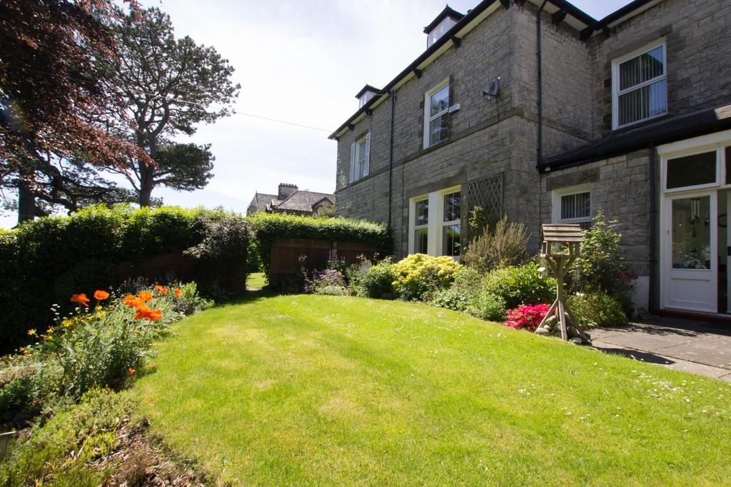 5 Bedrooms Semi Detached House for sale in Kentsford Road, Grange-Over-Sands