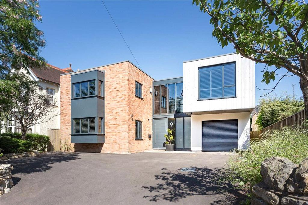 4 Bedrooms Detached House for sale in Sandy Lane, Charlton Kings, Cheltenham, Gloucestershire, GL53