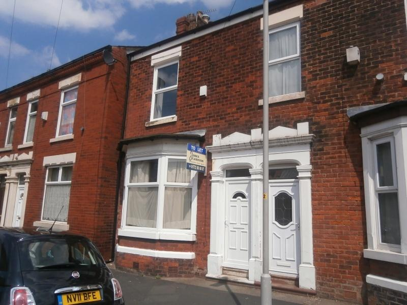 2 Bedrooms Terraced House for sale in Illingworth Road, Preston, PR1