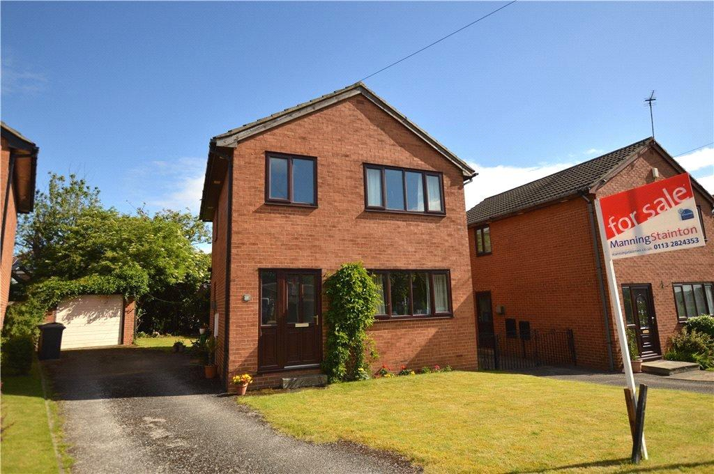 3 Bedrooms Detached House for sale in Green Bank, Lofthouse, Wakefield, West Yorkshire