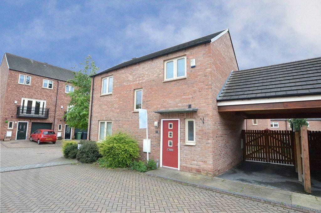 3 Bedrooms Detached House for sale in Trevithick Road, Allerton Bywater, Castleford, West Yorkshire