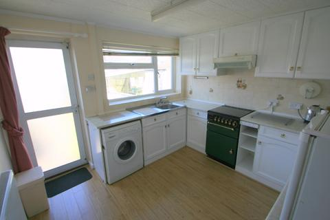 2 bedroom terraced house to rent - Headley Walk, Bristol, BS13