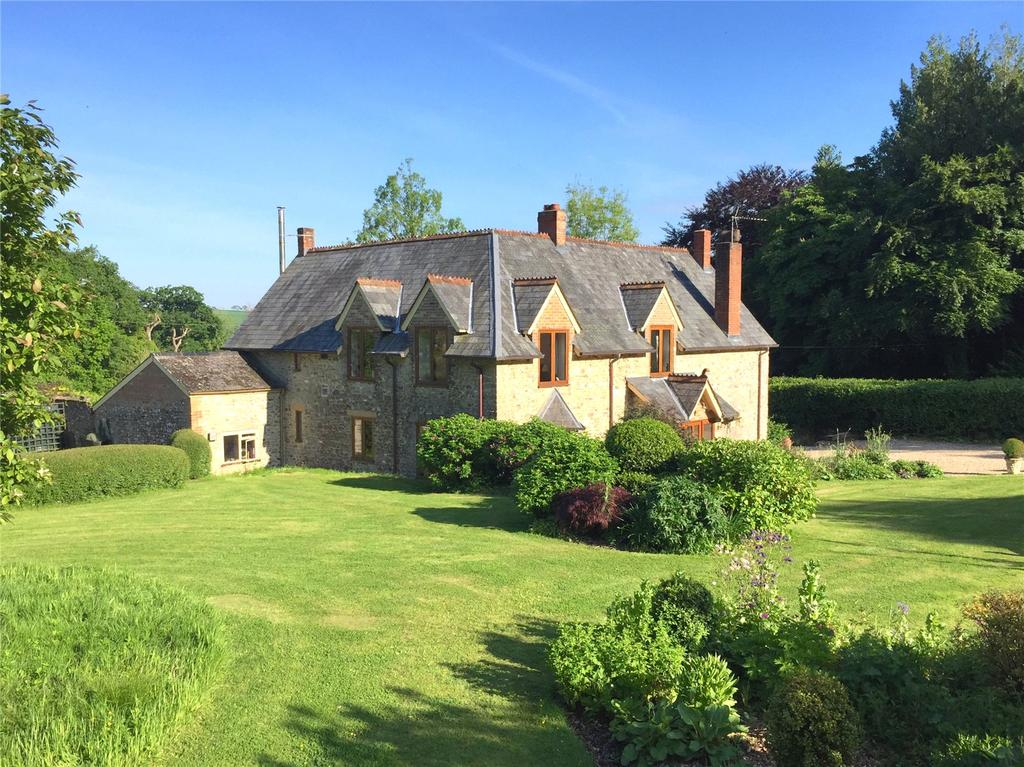 5 Bedrooms House for sale in Crickleaze, Chard, Somerset, TA20