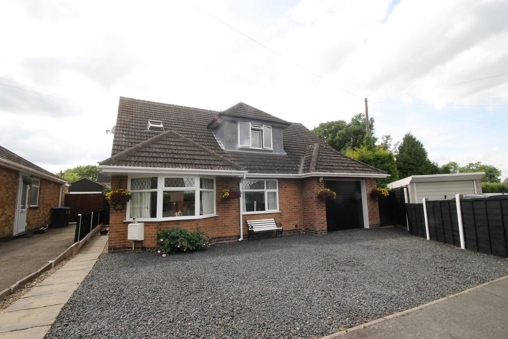 5 Bedrooms Detached Bungalow for sale in Hillside Road, Burbage