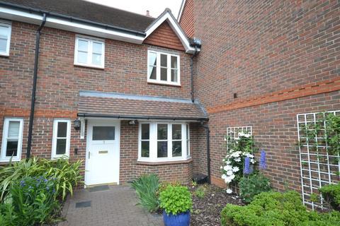 2 bedroom terraced house to rent - Westfield Gardens, Dorking