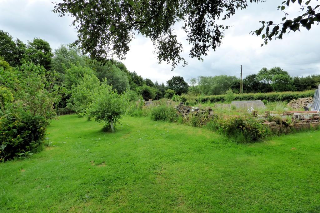 Land Commercial for sale in Coton Park, Linton