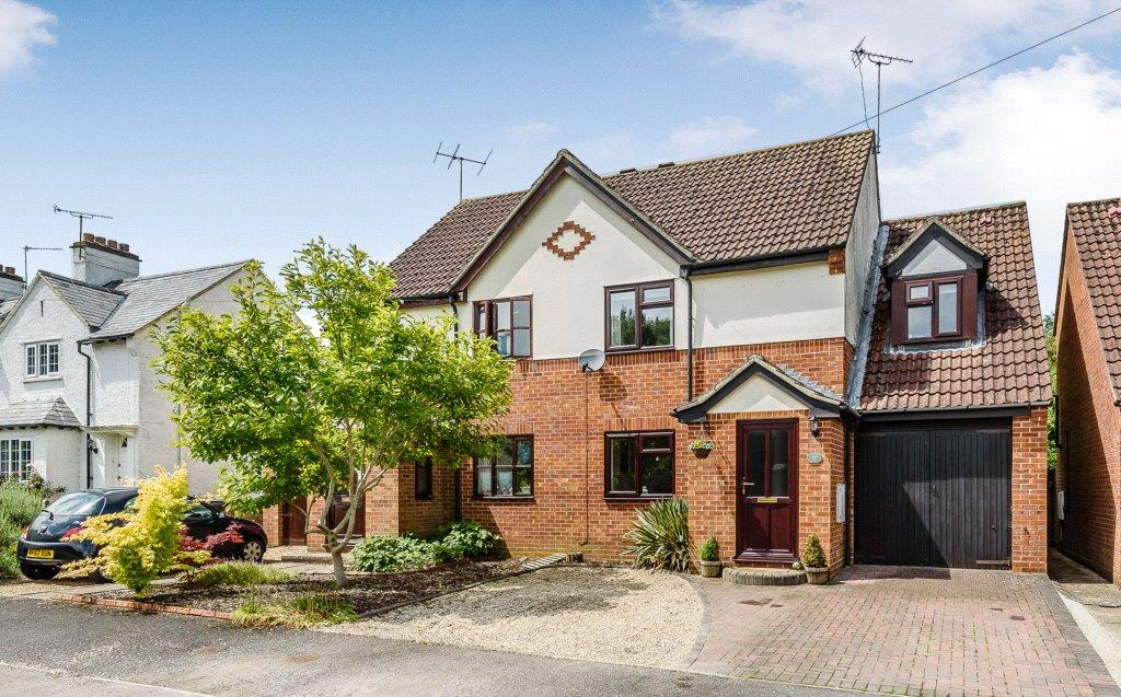 3 Bedrooms Semi Detached House for sale in Chestnut Avenue, Littleton, Winchester, Hampshire, SO22