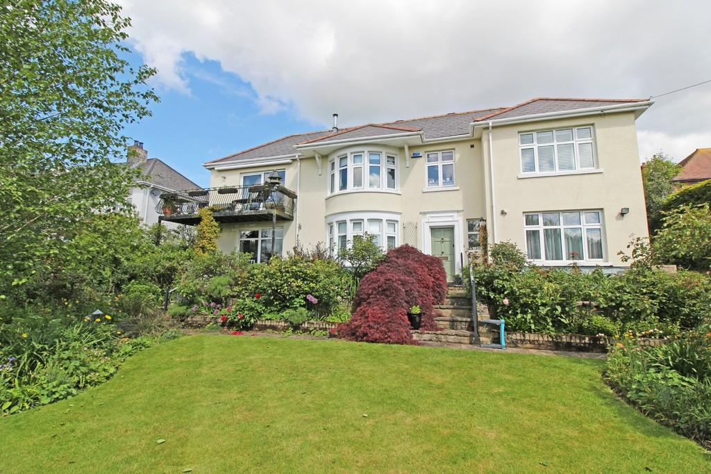 4 Bedrooms Detached House for sale in Tyn y Coed Road, Pentyrch