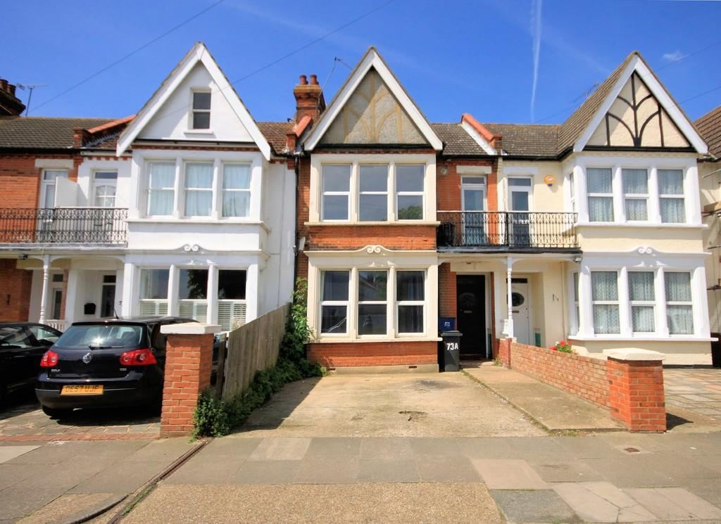 2 Bedrooms Flat for sale in Kensington Road, Southend-on-Sea
