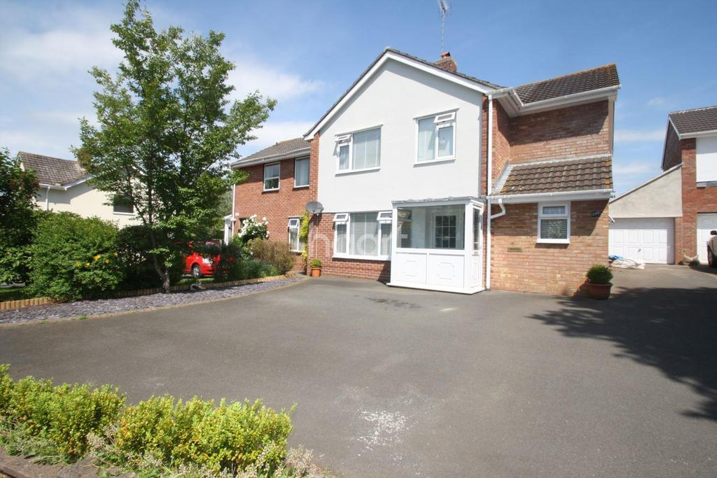 4 Bedrooms Semi Detached House for sale in Galmington Road, Taunton