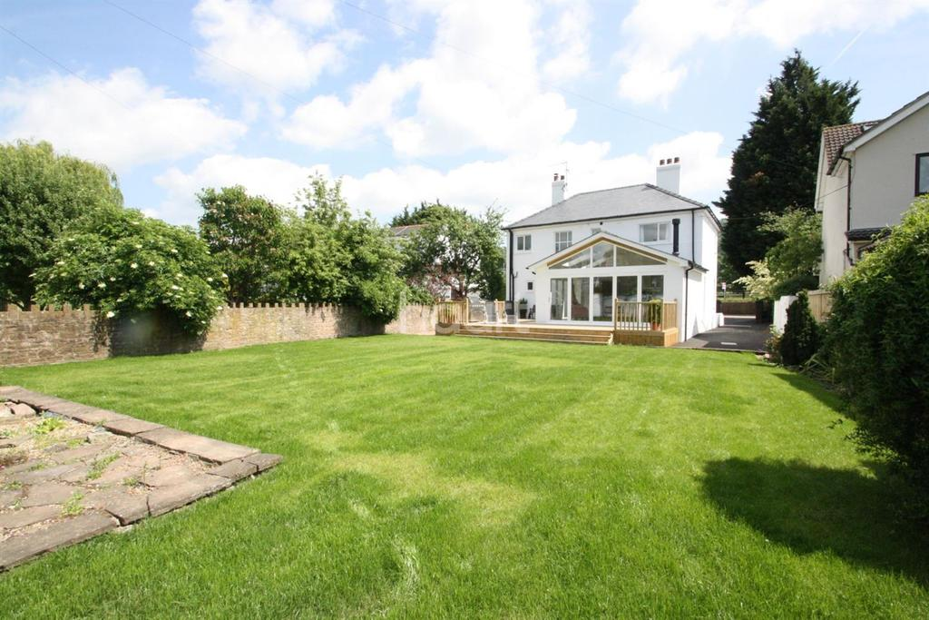 3 Bedrooms Detached House for sale in Old Dixton Road, Monmouth