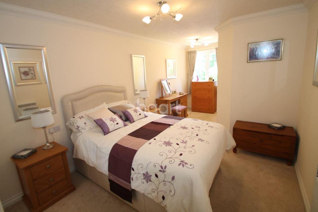 1 Bedroom Flat for sale in Cornerway Lodge, Grayshott