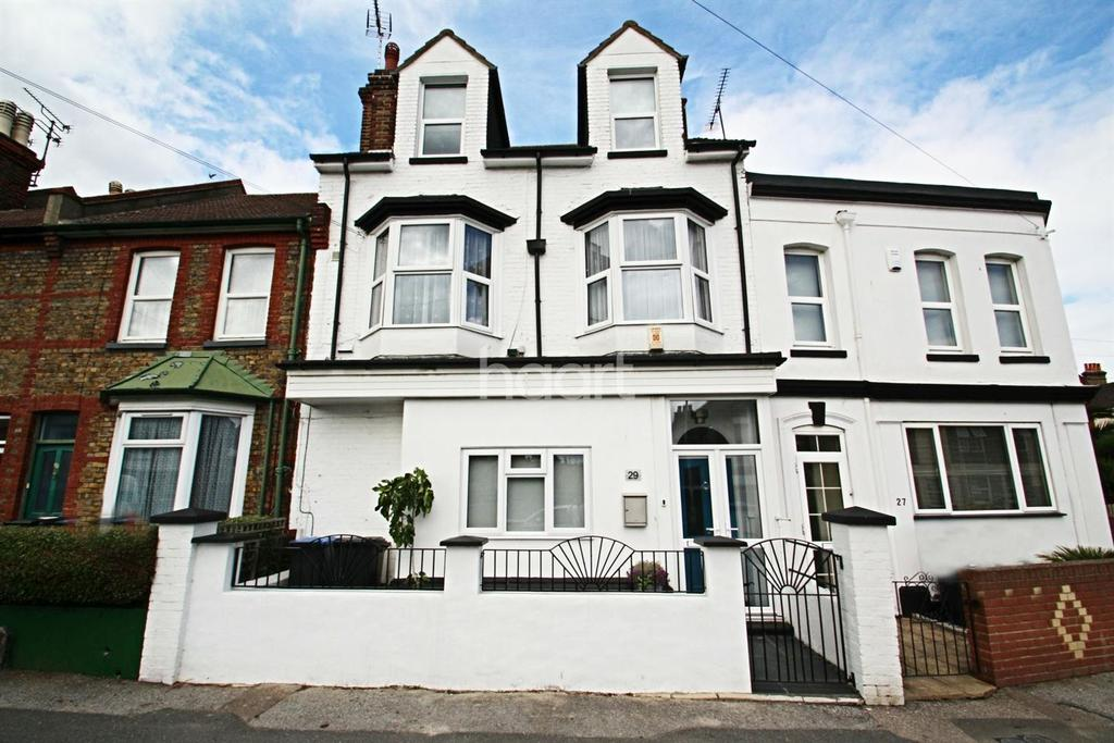 5 Bedrooms Terraced House for sale in St Lukes Avenue, Ramsgate, CT11