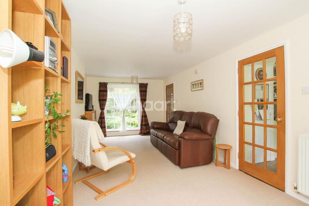 3 Bedrooms Terraced House for sale in Lodgefield