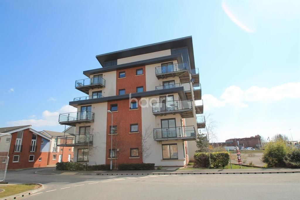 2 Bedrooms Flat for sale in Penner Court, Newport