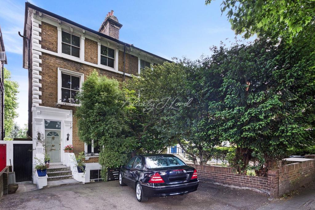 2 Bedrooms Flat for sale in Chiswick High Road, W4