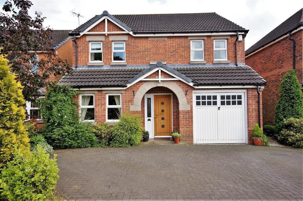 4 Bedrooms Detached House for sale in Lotus Court, North Hykeham, Lincoln