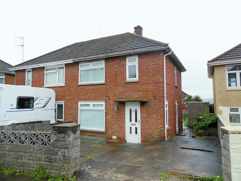 2 Bedrooms Semi Detached House for sale in Brynmawr Bettws Bridgend CF32 8SD