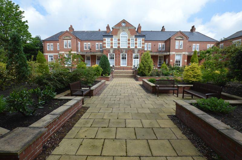 2 Bedrooms Apartment Flat for sale in 2 The Alexandra (Ground Floor Apartment), The Broadway, Woodhall Spa