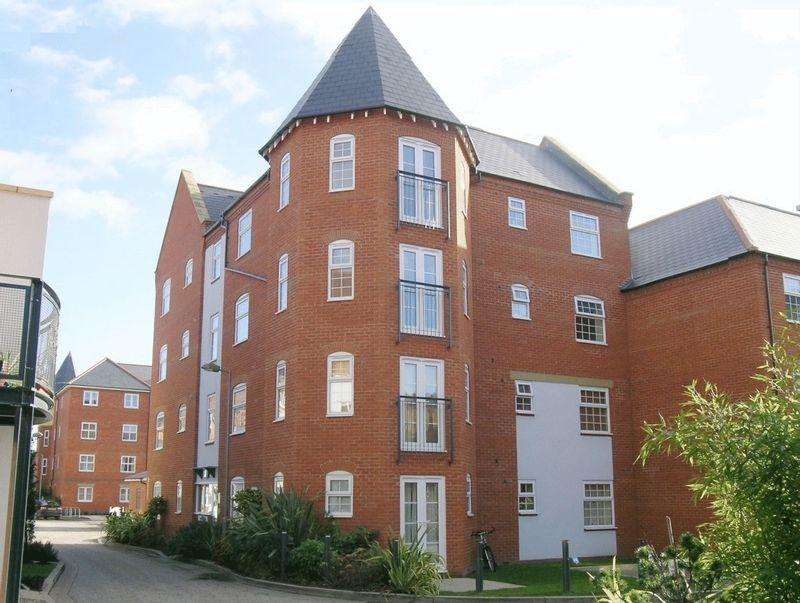 2 Bedrooms Apartment Flat for sale in Eastbury Court, Wantage