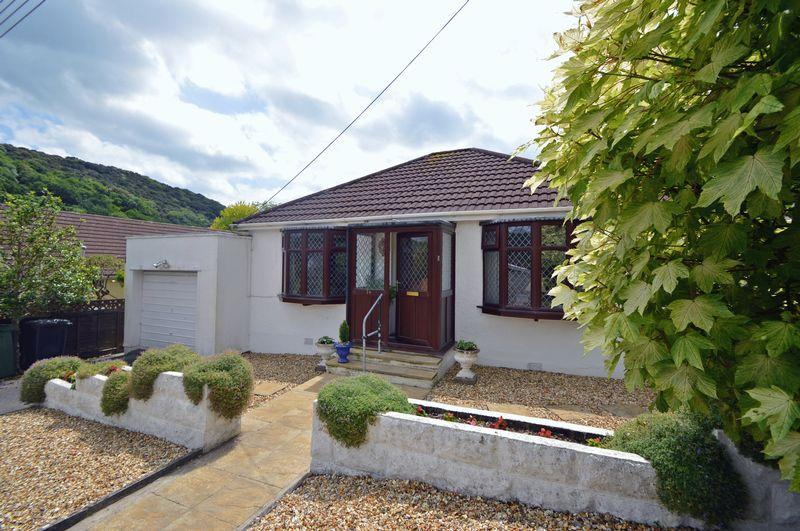 2 Bedrooms Detached Bungalow for sale in Pretty Swiss Valley area of Clevedon