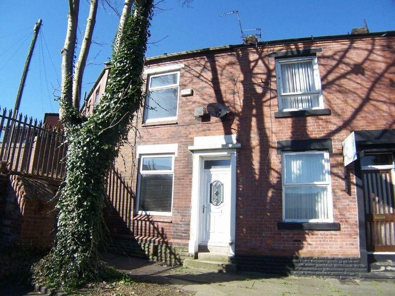 2 Bedrooms Terraced House for sale in St Luke Street, Rochdale OL11 1PP