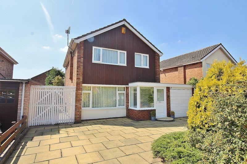 3 Bedrooms Detached House for sale in Cornwall Way, Ainsdale