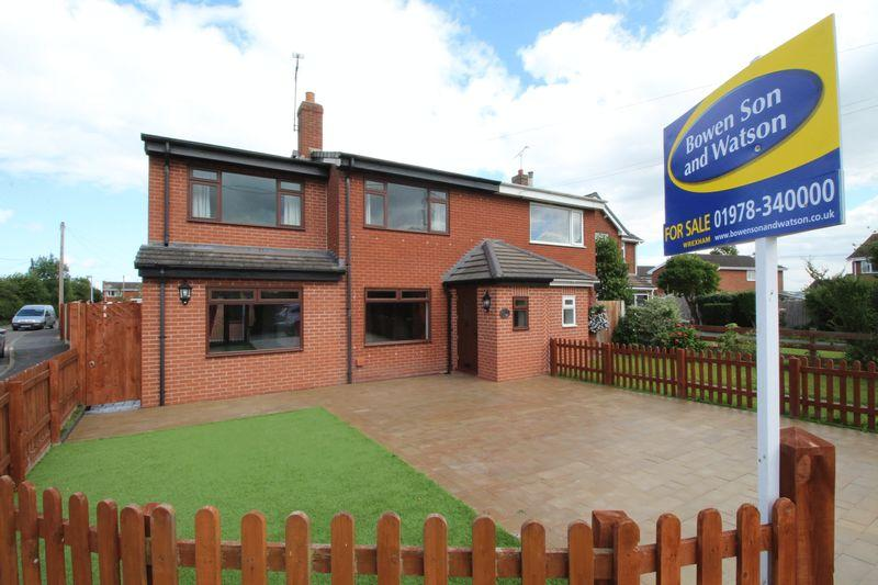 4 Bedrooms Semi Detached House for sale in Harwoods Lane, Wrexham