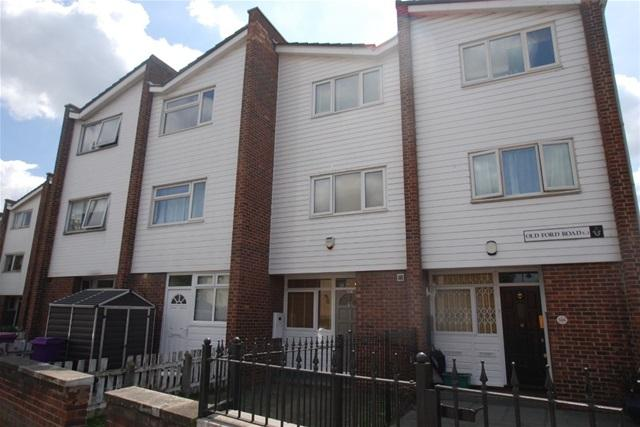 3 Bedrooms Terraced House for sale in Old Ford Road, Bow, London