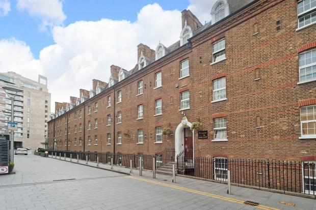 1 Bedroom Apartment Flat for sale in Gatliff Close Gatliff Close, Ebury Bridge Road, Westminster, SW1W