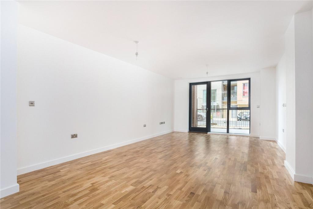 3 Bedrooms Flat for sale in Centenary Heights, Larkwood Avenue, London, SE10