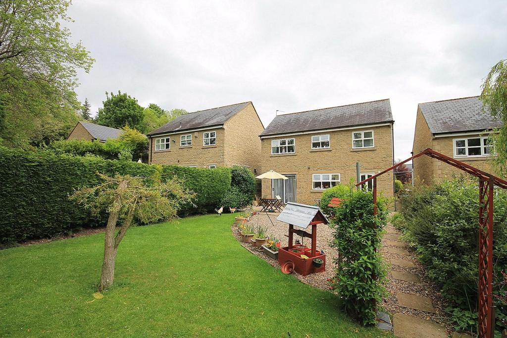 4 Bedrooms Detached House for sale in Kirk Rise, Frosterley, Bishop Auckland