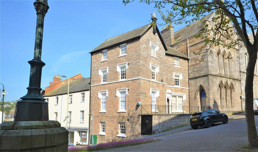1 Bedroom Apartment Flat for sale in St. Peter Street, Tiverton, Devon, EX16