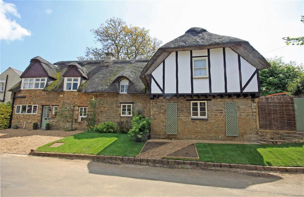 5 Bedrooms Unique Property for sale in Church Street, Langham, Rutland