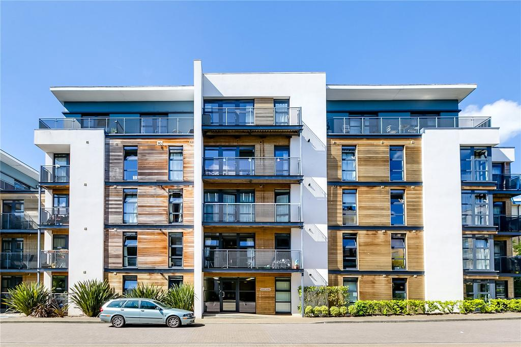 2 Bedrooms Flat for sale in Knight House, 22 Scott Avenue, London