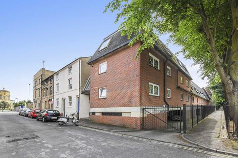 1 bedroom flat for sale - Guy Court, Oxford