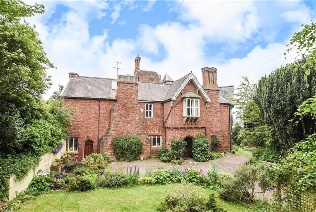 4 Bedrooms Semi Detached House for sale in Taddyforde Estate, Exeter, Devon, EX4