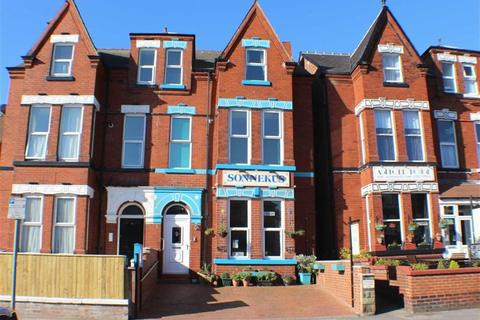 Guest house for sale - Trinity Road, Bridlington, East Yorkshire