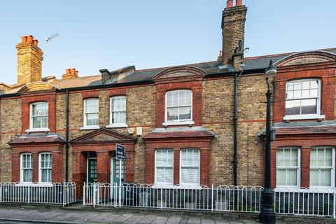2 bedroom flat to rent - COURTENAY STREET, SE11