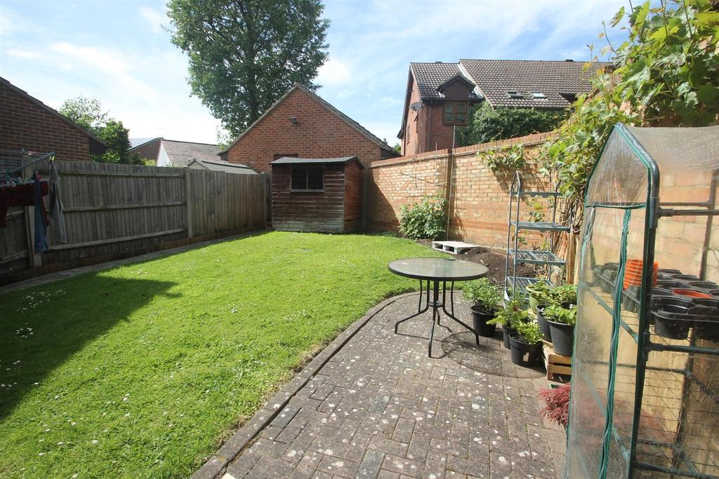 3 Bedrooms Detached House for sale in Fallowfield Close, Weavering, Maidstone