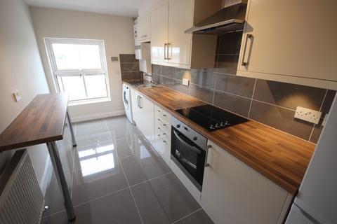 Studio to rent - 7-10 St Johns Terrace, LEEDS