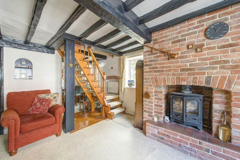 3 Bedrooms Semi Detached House for sale in POSEY COTTAGE, POSEY LANE, ASTON ON TRENT