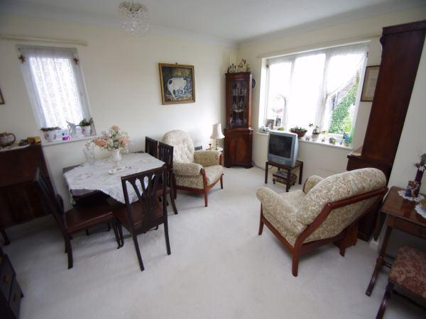 1 Bedroom Flat for sale in Malden Lodge, Alexandra Road, WATFORD, Hertfordshire