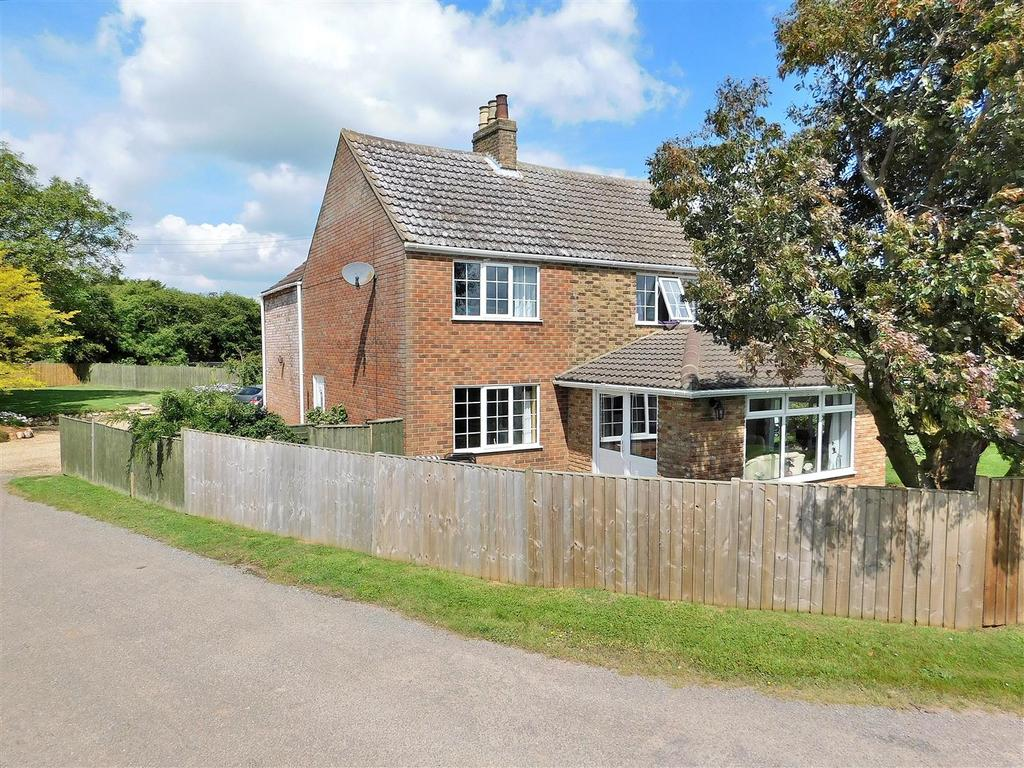 4 Bedrooms Detached House for sale in Anchor Road, Terrington St. Clement, King's Lynn