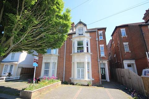 1 bedroom flat for sale - Church Road, Clacton-On-Sea