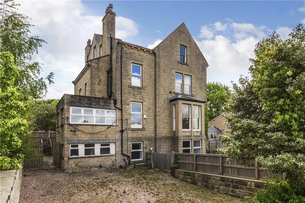 6 Bedrooms Unique Property for sale in Bramham Road, Bingley, West Yorkshire