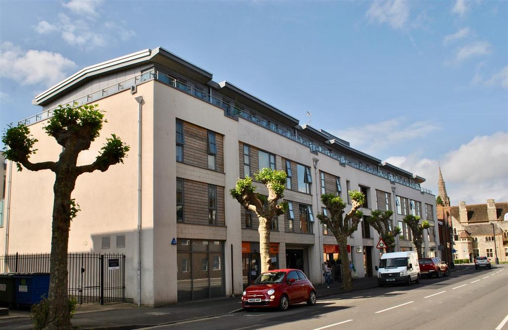 1 Bedroom Apartment Flat for sale in Corporation Street, Taunton