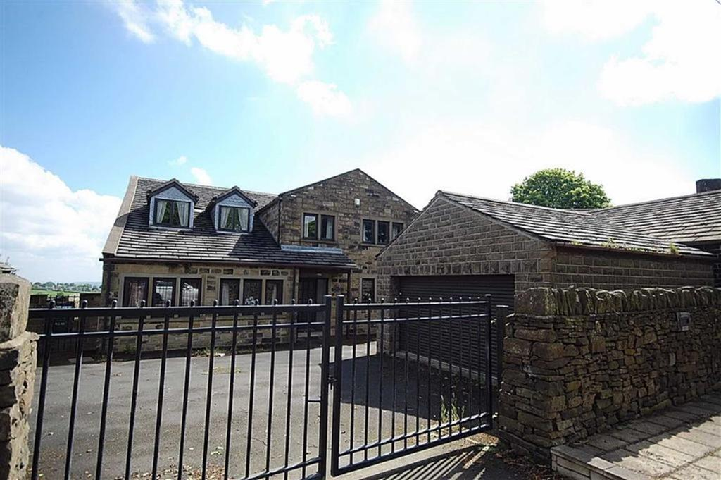 6 Bedrooms Detached House for sale in Penistone Road, Birdsedge, Huddersfield, HD8