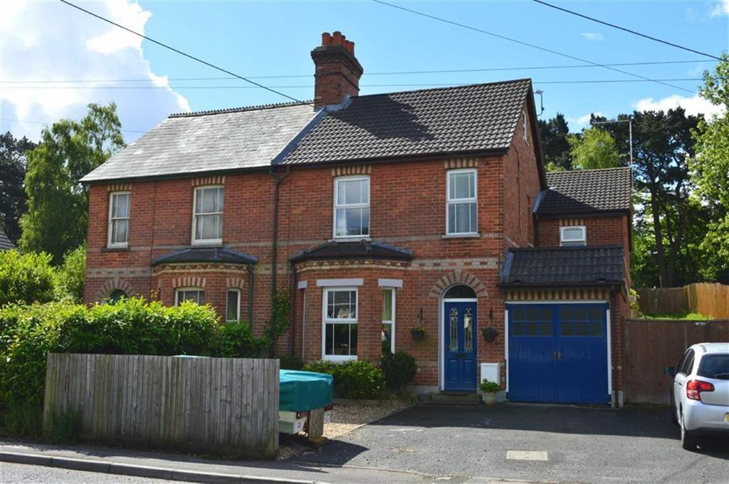 4 Bedrooms Semi Detached House for sale in Dunyeats Road, Broadstone, Dorset